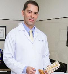 Dr. José Ayres