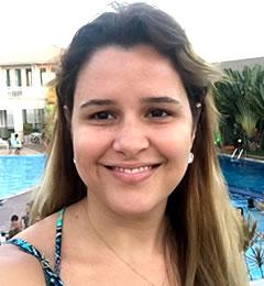 Dra. Carolina Alves