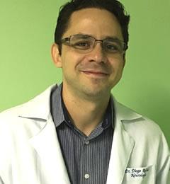 Dr. Diego Raphael